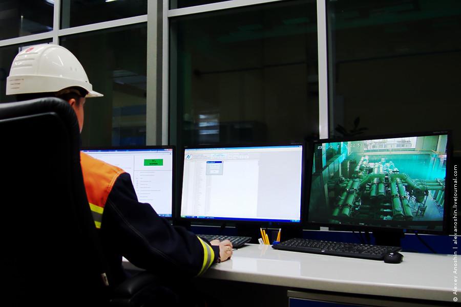 Пульт диспетчера на ПС 220 кВ Сколково // Фото: © Alexey Anoshin   Digitalsubstation.com