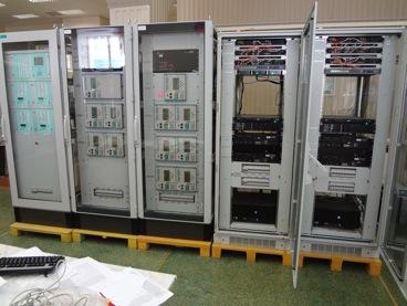 Рис. 3: Шкафы серверов