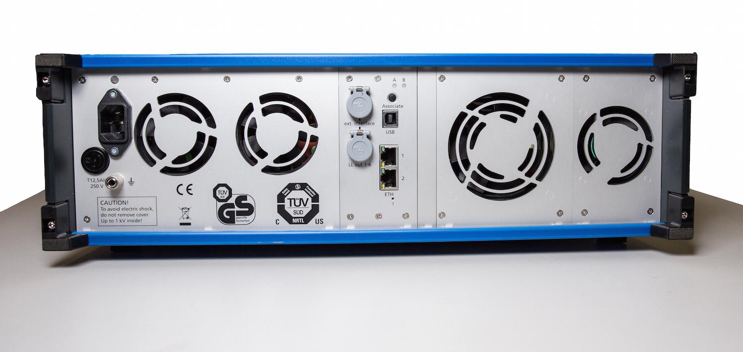 CMC 356: расположение интерфейсов на задней панели установки